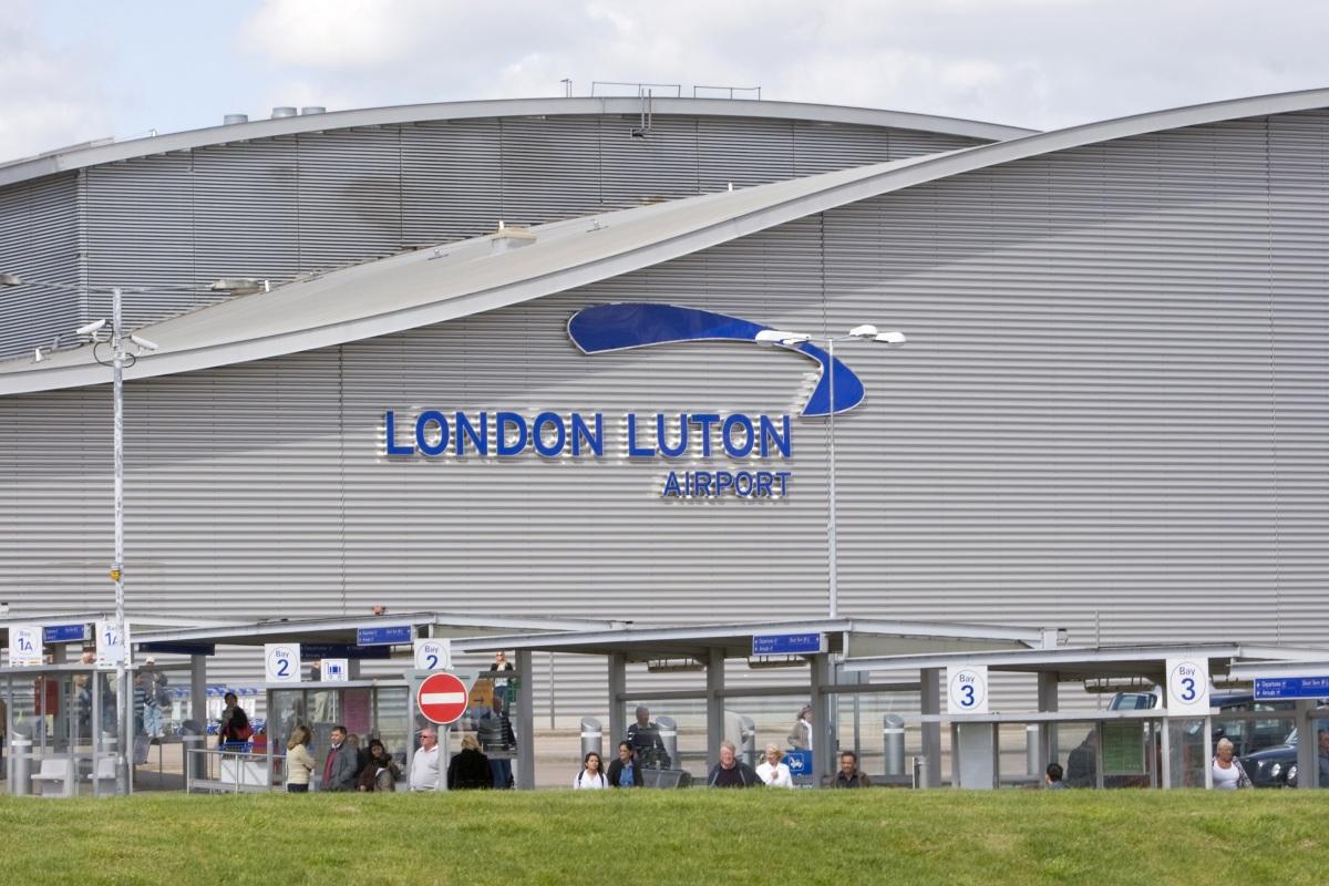 Jak se dostat z letiště Luton do centra Londýna