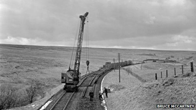 66621899_track_lifting_at_whitrope