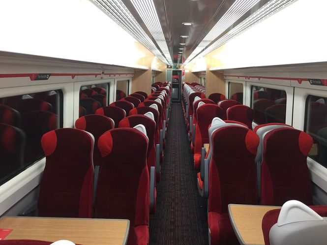 800px-virgin_trains_east_coast_refreshed_mk3_interior